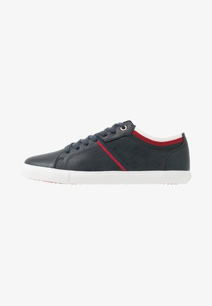 WOODS COLLEGE - Trainers - navy blue