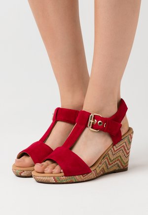 Platform sandals - rubin