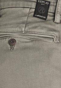 Replay - ZEUMAR HYPERFLEX  - Slim fit jeans - ice grey - 2