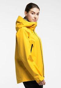 Haglöfs - HARDSHELLJACKE ROC GTX JACKET WOMEN - Hardshell jacket - pumpkin yellow - 2