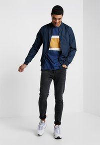 Topman - GREY JEANS SKINNY FIT - Jeans Skinny Fit - grey - 1