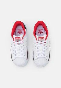 adidas Originals - SUPERSTAR UNISEX - Trainers - white - 3