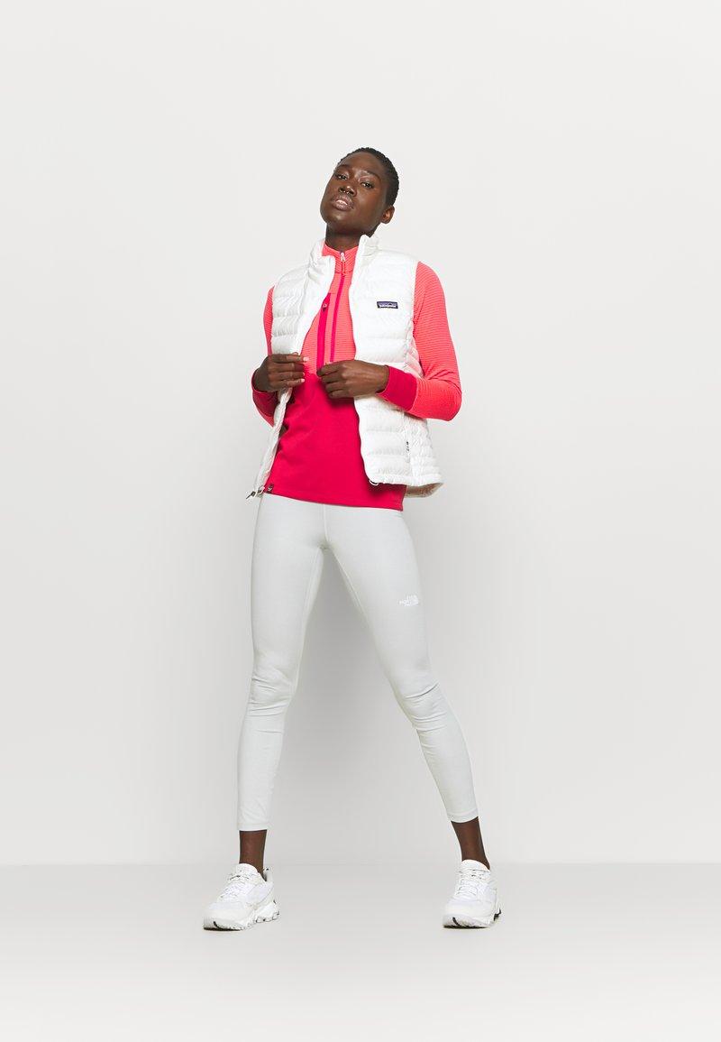 Salewa - VAJOLET RESPONSIVE - Sports shirt - virtual pink