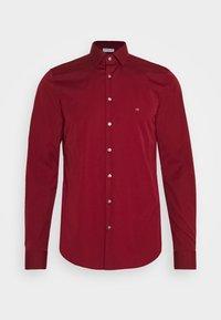 Calvin Klein Tailored - CONTRAST FLOWER PRINT SLIM - Koszula biznesowa - red - 5
