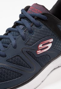Skechers Sport - VERSE FLASH POINT - Baskets basses - navy/black - 5