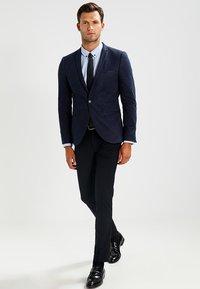 Zalando Essentials - Camisa - light blue - 1