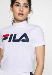 Fila Petite - EVERY TURTLE TEE - T-shirt con stampa - bright white - 4