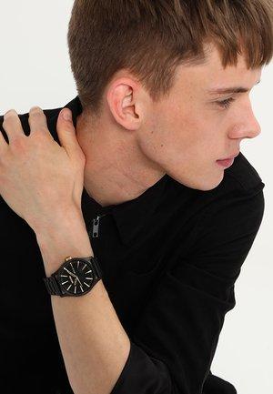SENTRY - Watch - matte black/gold-coloured