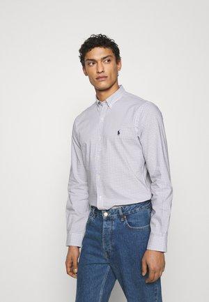 SLIM FIT GINGHAM POPLIN SHIRT - Shirt - grey/white