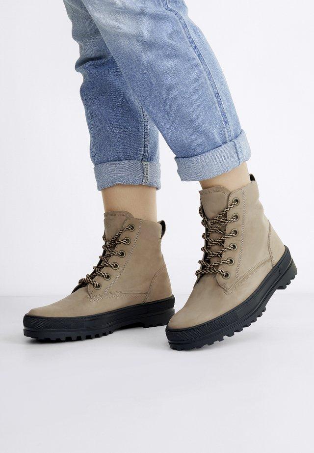 Snowboots  - grau-braun