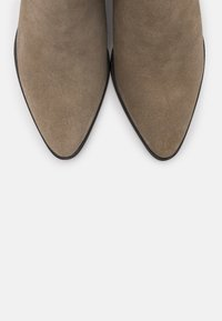 Copenhagen Shoes - OVER THE RAINBOW - Ankle boots - taupe - 5