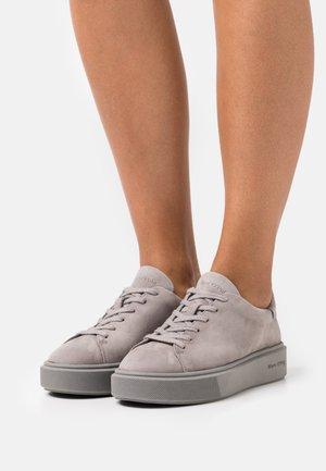 CORA  - Trainers - grey