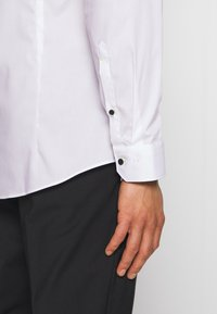 OLYMP - OLYMP NO.6 SUPER SLIM FIT  - Formal shirt - white - 3