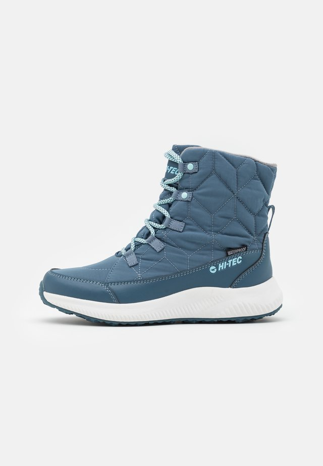 QUILTY WP - Snowboots  - grey/sapphire turquoise