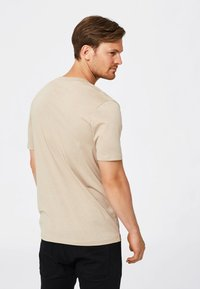 Selected Homme - SHDTHEPERFECT - T-paita - sand - 2