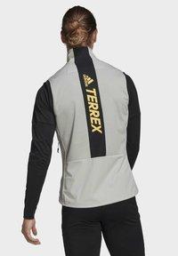 adidas Performance - TERREX AGRAVIC XC - Waistcoat - grey - 2