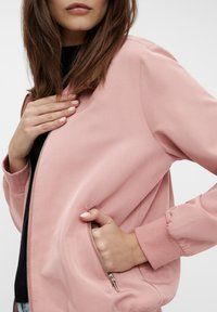 Object - GLÄNZENDE - Bomber Jacket - ash rose - 3