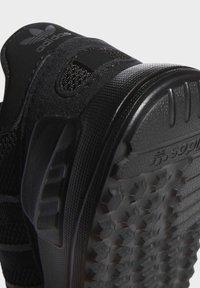 adidas Originals - LA TRAINER LITE SHOES - Scarpe primi passi - black - 7