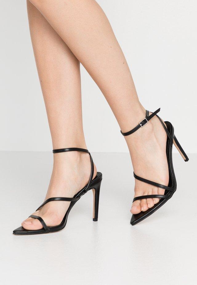 ROSIE - Korolliset sandaalit - black