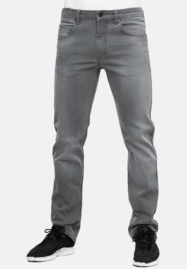 LOWFLY - Jeans Straight Leg - grey wash