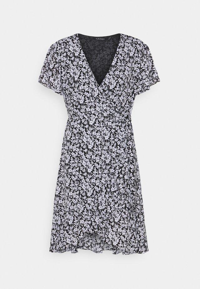 TORLYNN CASUAL DRESS - Robe d'été - polo black/white
