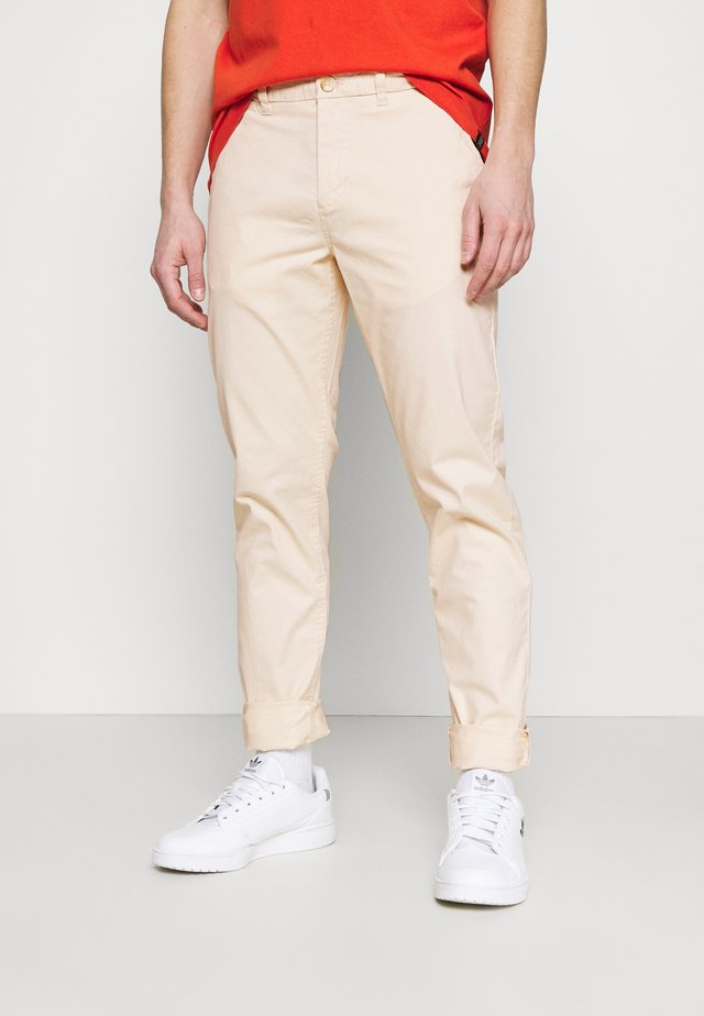 MOTT CLASSIC  - Chino kalhoty - off-white