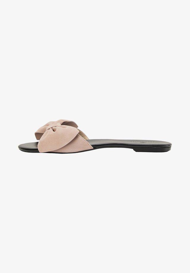 Sandalen - nude
