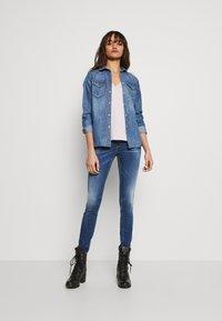 Replay - LUZIEN PANTS - Jeans Skinny Fit - medium blue - 3