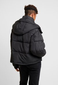 Sixth June - SHORT PUFFER JACKET HOOD - Winter jacket - black - 2