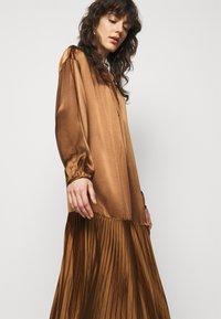 By Malene Birger - LEMONA - Koktejlové šaty/ šaty na párty - walnut - 3