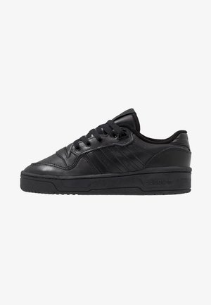 RIVALRY - Matalavartiset tennarit - core black/footwear white