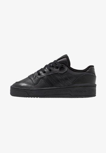 RIVALRY - Trainers - core black/footwear white