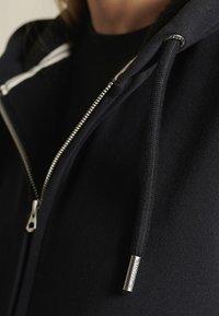Superdry - BORG LINED - Zip-up sweatshirt - black - 3