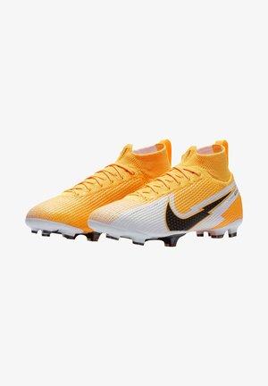 Moulded stud football boots - orange/schwarz