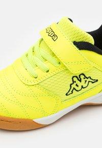 Kappa - DAMBA UNISEX - Sports shoes - yellow/black - 5