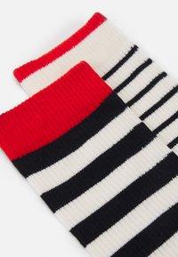 Levi's® - BRETON STRIPE REGULAR CUT 2 PACK UNISEX - Socks - black/white - 2