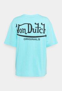 Von Dutch - ARI - Print T-shirt - blue - 9