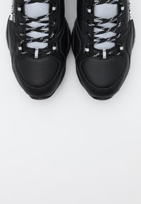 Versace Jeans Couture - Sneaker low - nero - 5