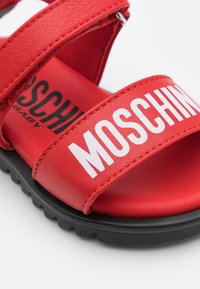 MOSCHINO - UNISEX - Sandals - red - 5