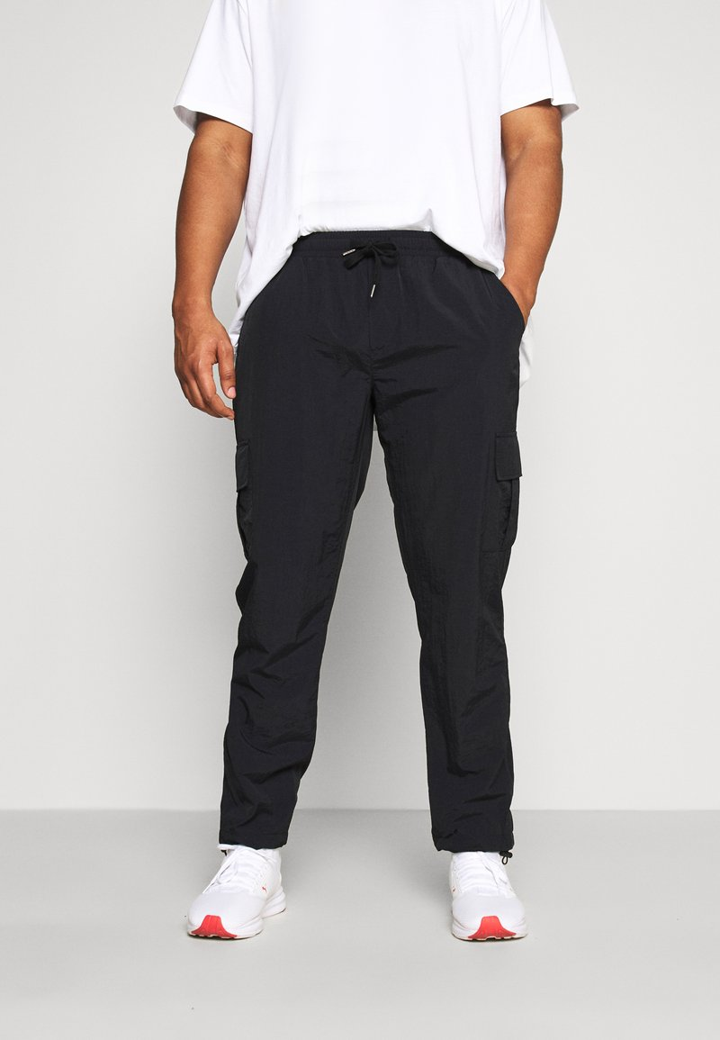 URBN SAINT - USPIERCE PANTS - Cargobyxor - black