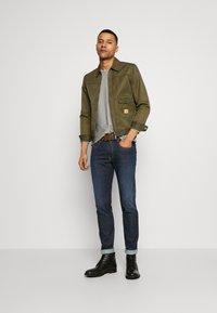 Replay - ANBASS HYPERFLEX RE-USED - Slim fit jeans - dark-blue denim - 3