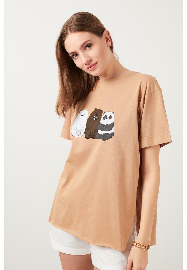 T-shirt print - snuff coloured