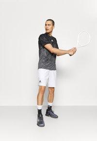 adidas Performance - TEE - Camiseta estampada - grey five - 1