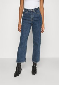 Monki - ZAMI LA LUNE - Straight leg jeans - blue medium dusty - 0