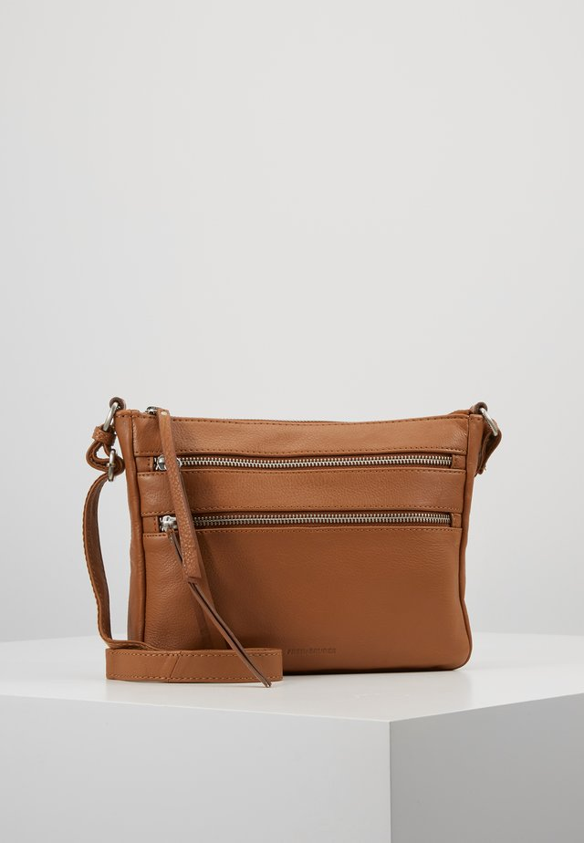 LARY - Across body bag - dark camel