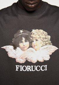 Fiorucci - VINTAGE ANGELS TEE - Print T-shirt - dark grey - 7