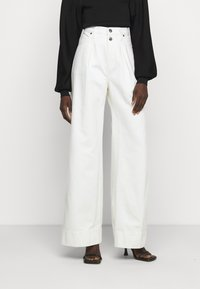Frame Denim - MOSAIC PLEATED  - Relaxed fit jeans - vintage white - 0