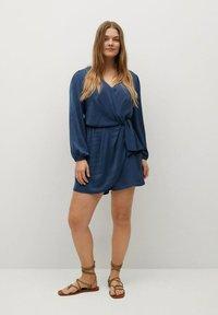 Violeta by Mango - COURT FLUIDE - Jumpsuit - bleu électrique - 1