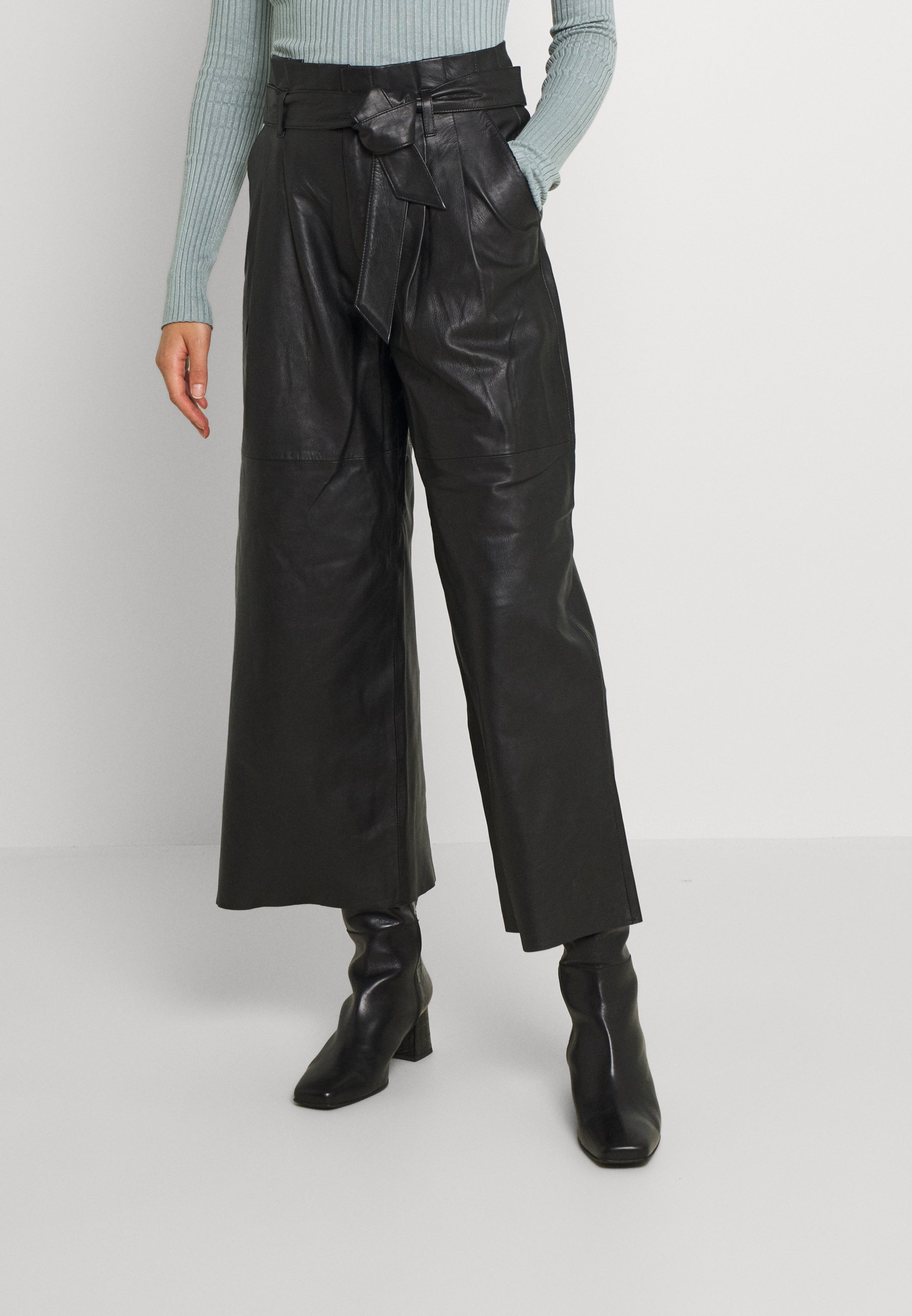 Women OBJRILEY PANTS - Leather trousers