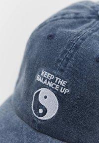 PULL&BEAR - Cap - light blue - 3